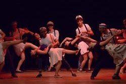 Lindy hop Swing Boogie della scuola di danza